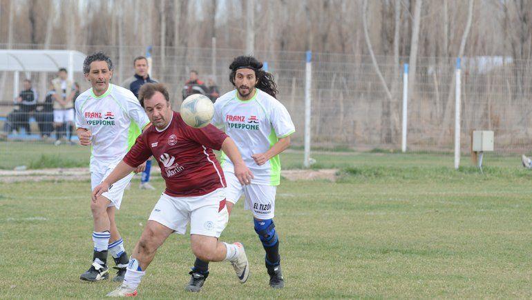 Los torneos de fútbol amateur de la región le apuntan a junio