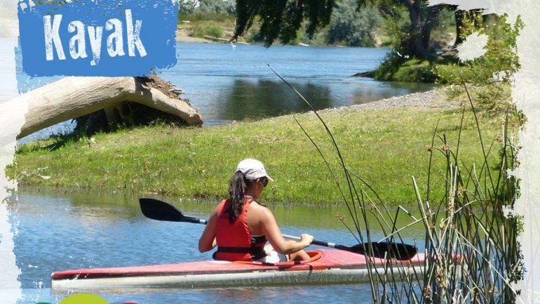 Una paseo en Kayak por el río Negro ideal para observar fauna y flora.