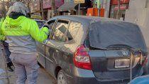 le retuvieron el auto por no tener papeles y agredio a inspectores
