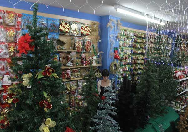 La Navidad llegó a las góndolas cipoleñas