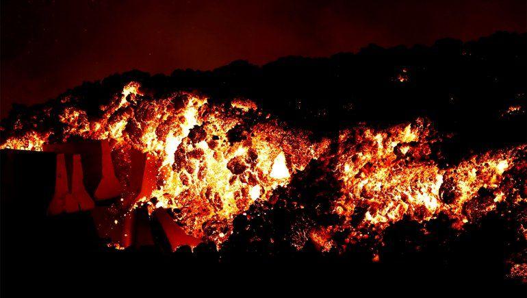 Erupción del volcán Cumbre Vieja mantiene en vilo a España