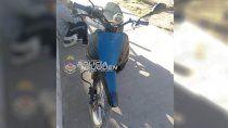 cayo en centenario con una moto robada en cipolletti