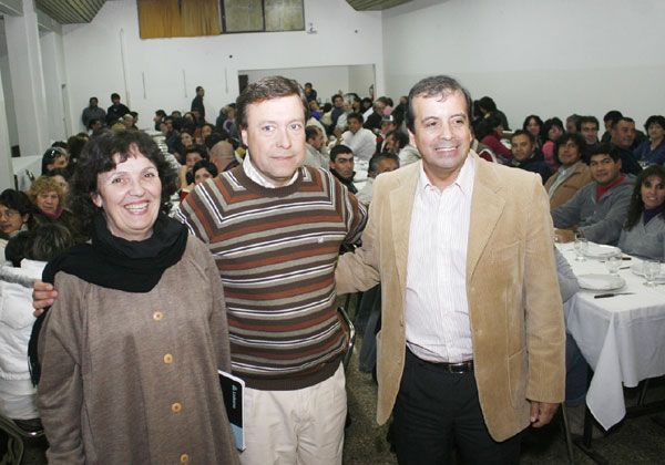 Weretilneck reforzó su apoyo a Castañón