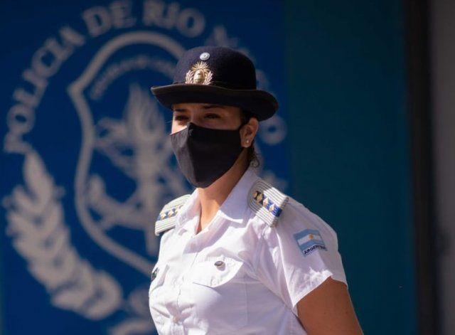 Valeria Britos tiene a cargo la formación e instrucción de estudiantes de policía.