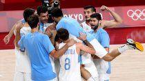 argentina vencio a japon y clasifico a cuartos