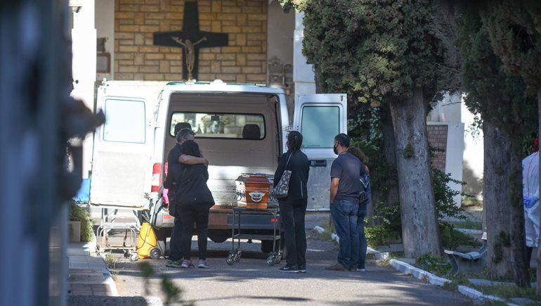 Récord de 25 muertes en un día en Neuquén por COVID