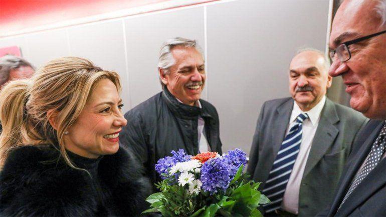 Alberto Fernández llegó a Alemania y mañana se reunirá con Merkel