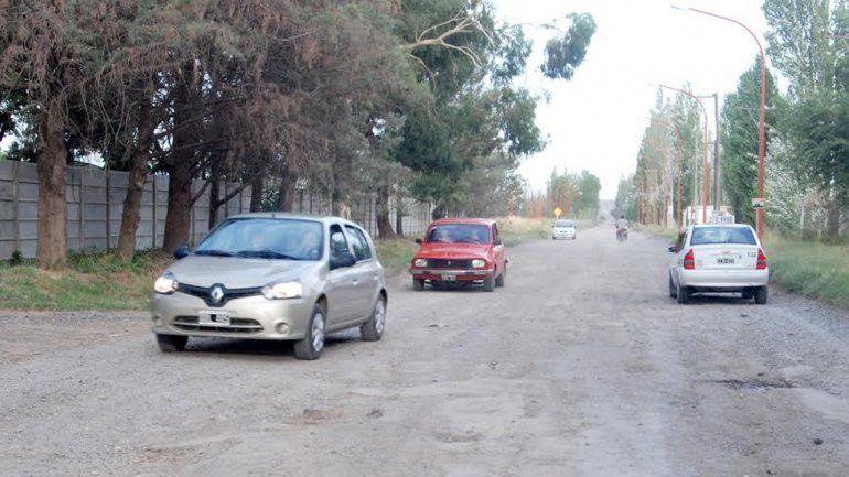 La calle Saturnino Franco seguirá sin asfaltar y la gente del Parque Industrial respirará con alivio. En el Distrito Vecinal habrá caras más largas.