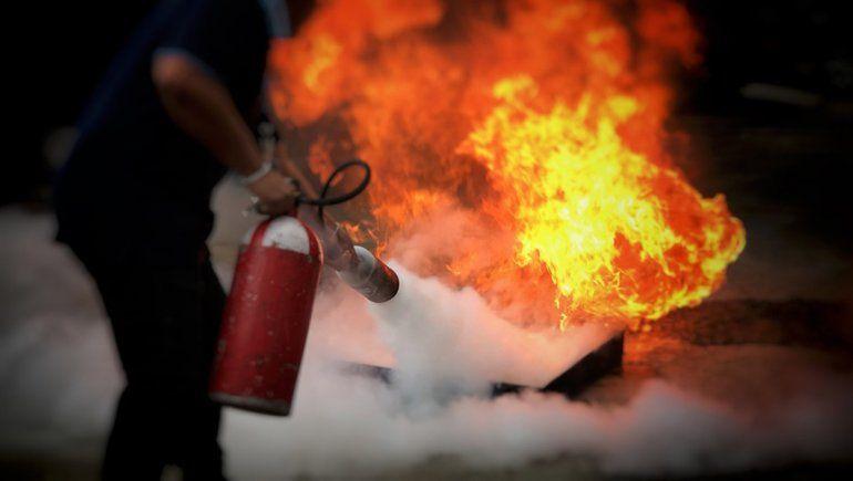 Trabajador cipoleño se lesionó al intentar apagar un incendio y recibirá mas de $300 mil