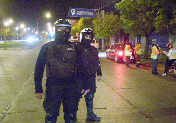 Secuestran motos y retienen carnets de conducir en controles de Tránsito
