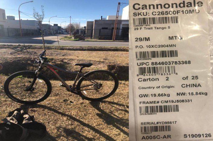 Motochorros le robaron la bicicleta a un chico de 14 años