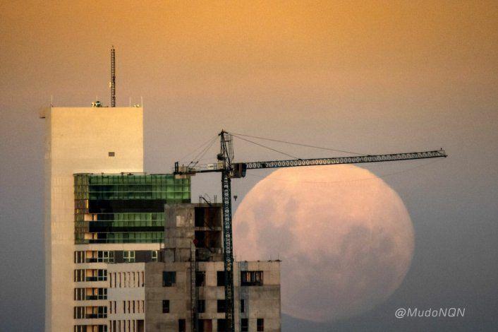 La Luna estará en su punto más cercano a la Tierra y se verá gigante