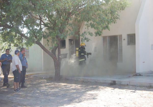 Pánico en incendio en un complejo de departamentos en San Antonio Oeste