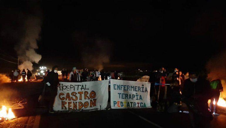 Trabajadores de salud bloquean los accesos a Añelo, Junín y Zapala