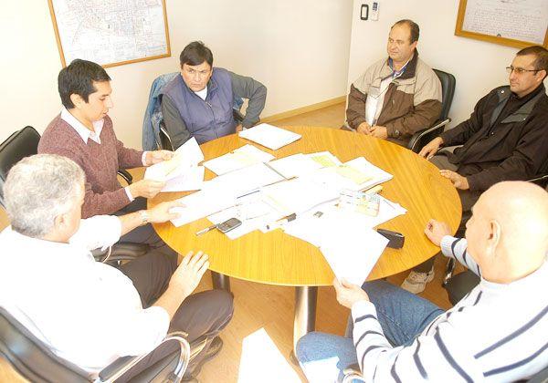 El Municipio ratificó que el 30%  es su máxima oferta de aumento