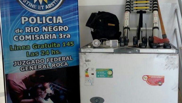 Utilizaban un auto robado en Neuquén para cometer delitos en Roca