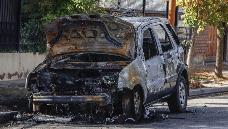 Incendiaron una Ecosport en el barrio San Lorenzo