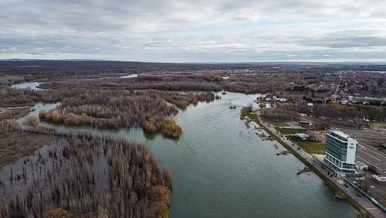 Alertan por el aumento del caudal de los ríos Limay y Negro
