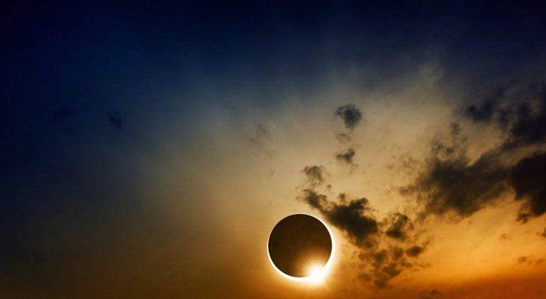 Habrá asueto en Río Negro para disfrutar del eclipse solar