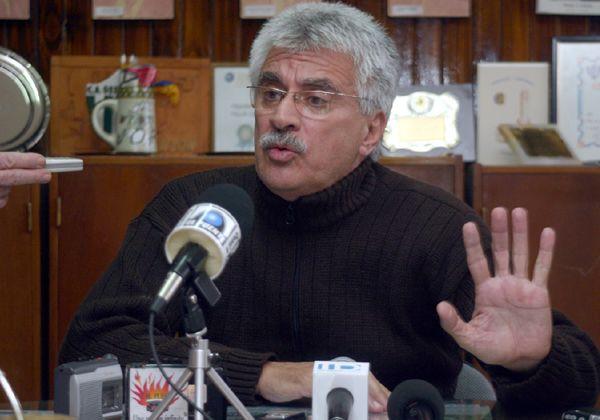 Julio Arriaga critica a Kirchner y Saiz