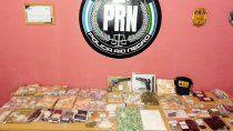 secuestran cocaina, lsd y armas en varios allanamientos