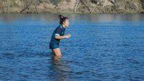 cipolena que prometio tirarse al agua helada si ganaba argentina