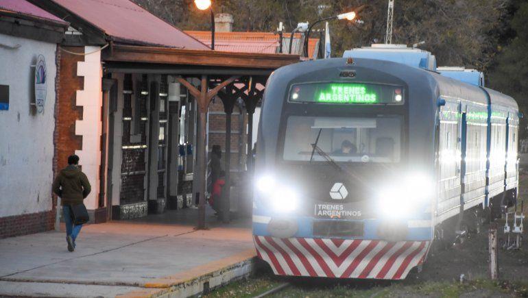 El Tren del Valle funciona con servicios reducidos