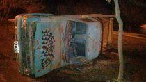 video: derribaron el busto de nestor kirchner