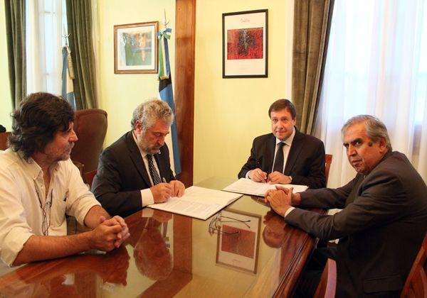 Acuerdo entre el Gobierno de Río Negro con la UNRN