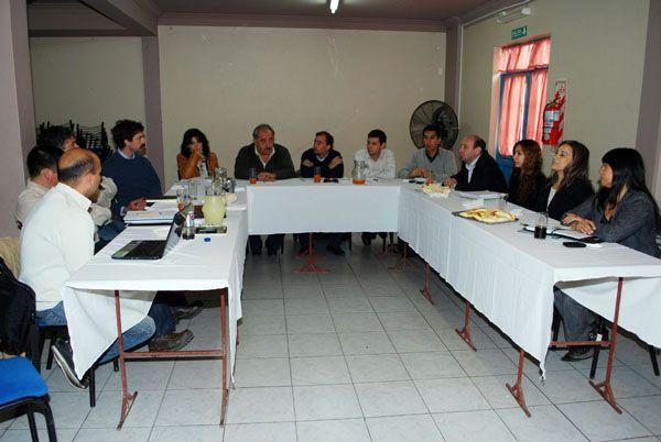 Se reunió hoy en Fernández Oro la Asociación de Municipios de la Región de los Valles y la Confluencia