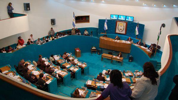 Quieren implementar el voto nominal o por signos en la Legislatura