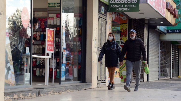 Ampliaron el horario de atención de los comercios en Neuquén
