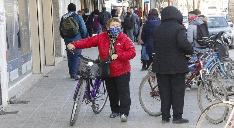 Cipolletti: piden restricciones para bajar la circulación