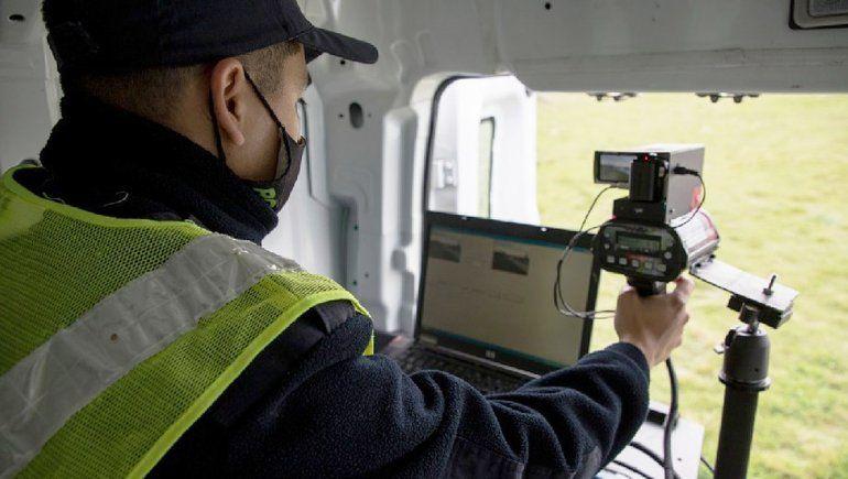 Arrancaron las multas de los radares móviles