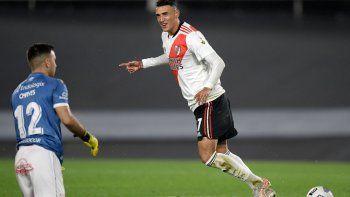 El festejo de gol de Suárez.