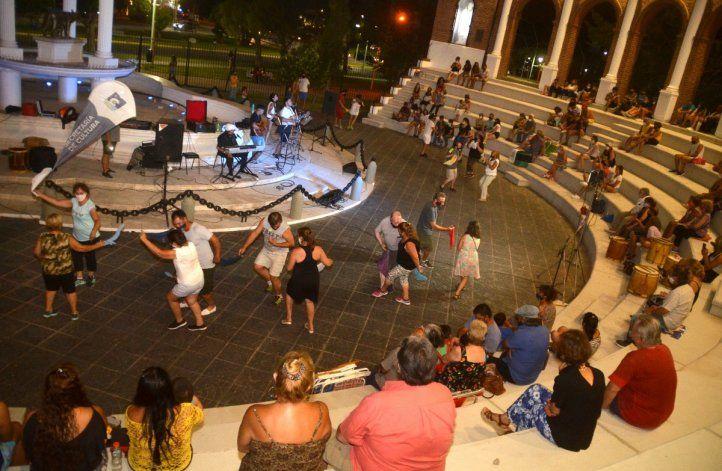 Los shows con público se empiezan a multiplicar en la ciudad