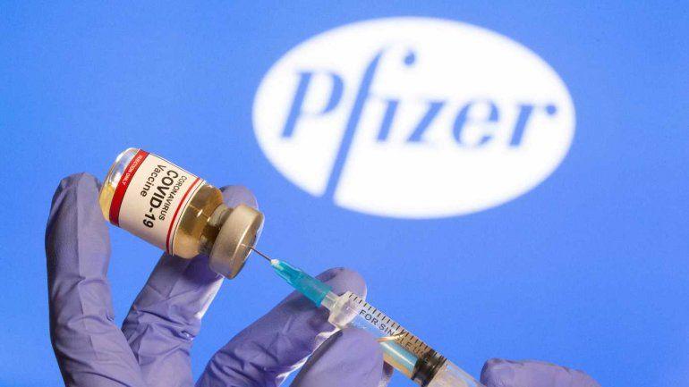 Pfizer negó pedido de sobornos y dijo que ofreció vacunas a la Argentina