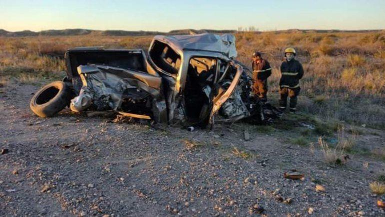Un hombre murió y su hija está grave tras un terrible accidente sobre Ruta 22