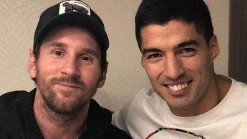 Suárez: Como amigo me duele y preocupa lo de Messi en Barcelona