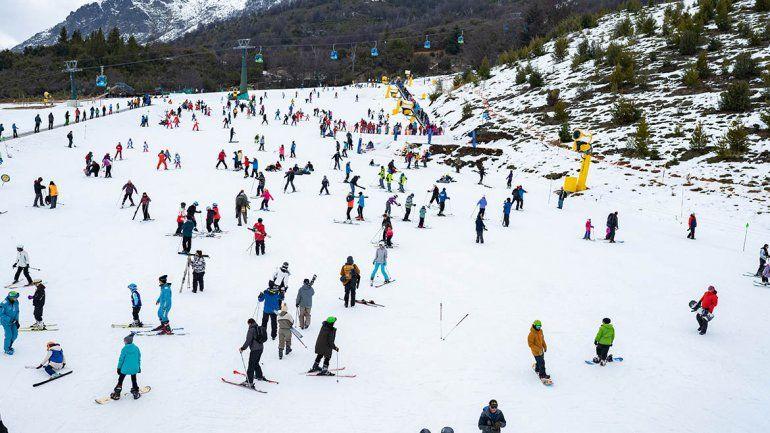 Invierno 2019: creció la cantidad de vuelos que arribaron a Bariloche