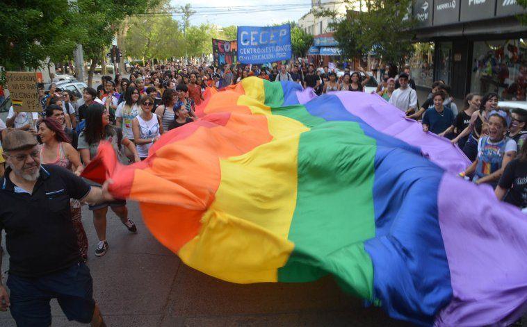 Implementan protocolo para personas LGBTIQ+ víctimas de violencia