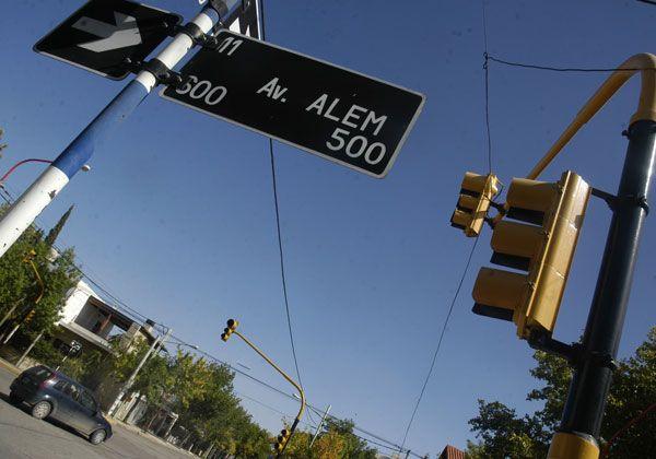Malestar de vecinos por el mal funcionamiento de semáforos