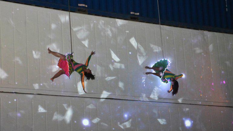 La Muni ofrece becas para quienes quieran aprender el arte de la danza aérea
