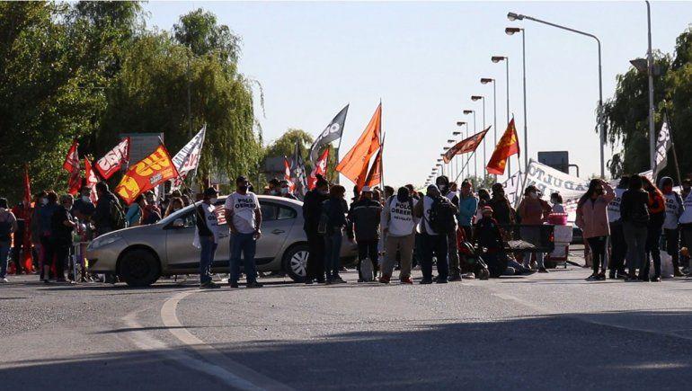 Tras siete horas de corte, levantaron la protesta en los puentes