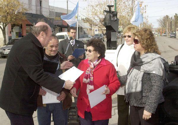 Homenaje a inmigrantes del Alto Valle