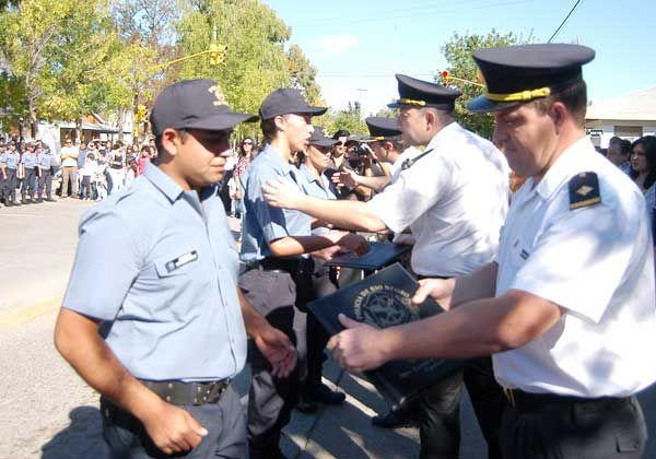 Más policías para la Regional Quinta