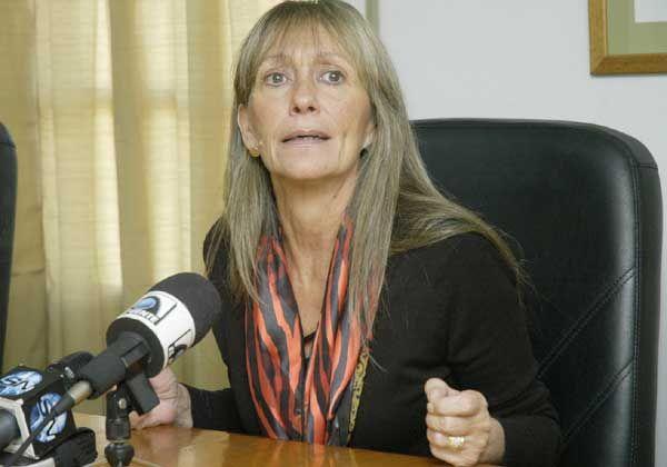 Procuradora solicita suspender concursos internos