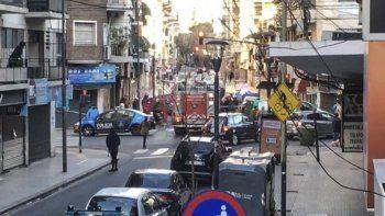 Una mujer se suicidó junto a sus dos hijos al arrojarse de la terraza de un edificio