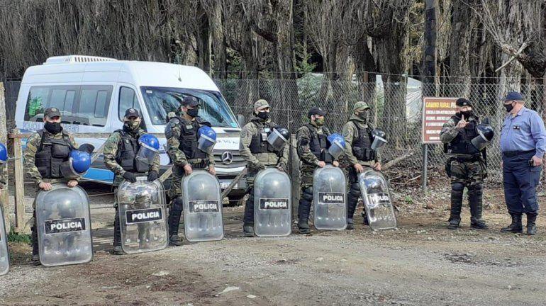 Desalojaron en forma pacífica las tierras usurpadas en El Foyel