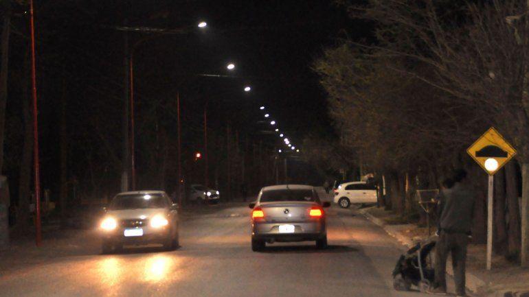 Al sur de la Ruta 22 viven a oscuras por falla de alumbrado